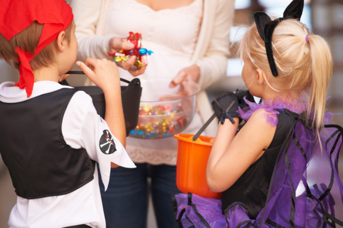 should Christian moms let their kids celebrate Halloween