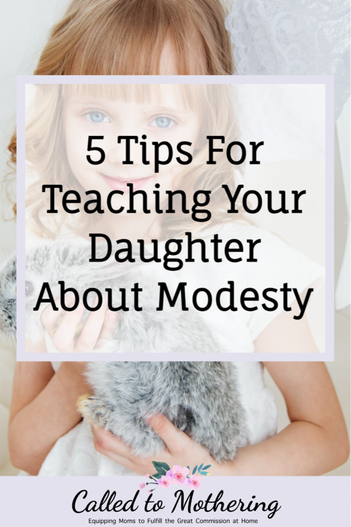 Wondering how to handle the tricky subject of modesty with your daughter? Here are 5 helpful tips for teaching her what it means to be truly modest.